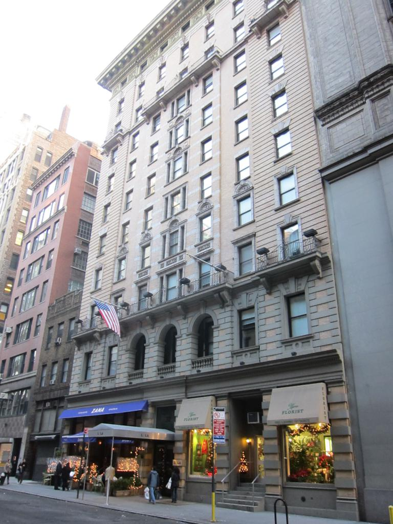 King and Grove Hotel