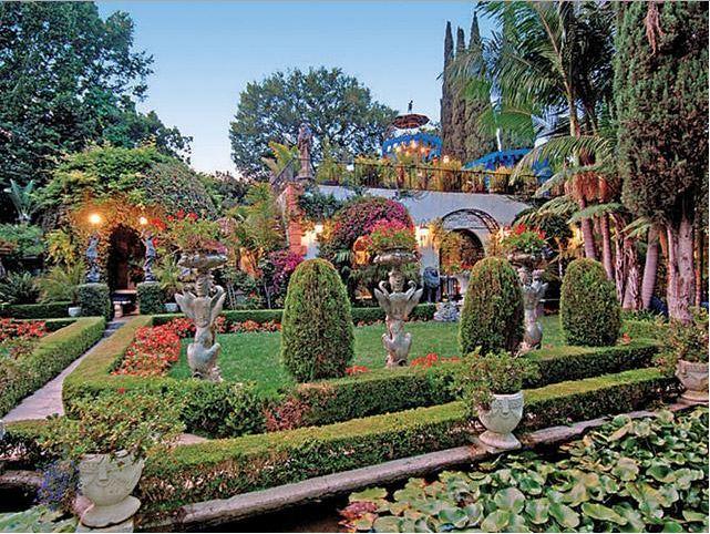 palm drive villa