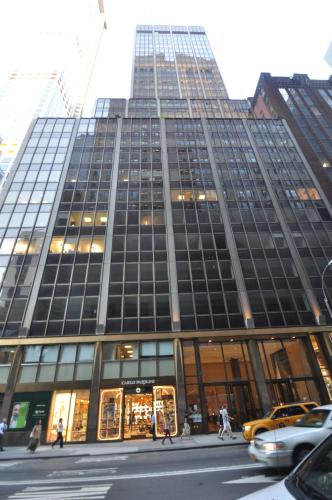 Property photo for 555-563 Madison Avenue, New York, NY 10022 .