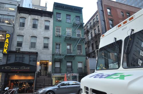Property photo for 159 East 55 Street, New York, NY 10022 .